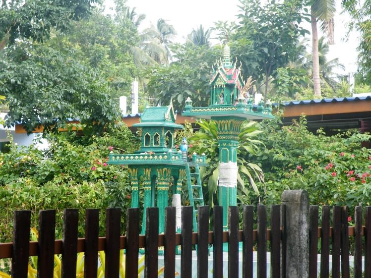 Maisons aux esprits Bang Saphan thai et vous