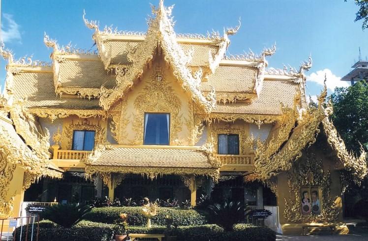 parc-wat-rong-khun-thaietvous-com (2)