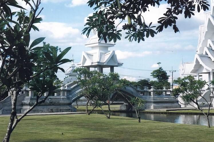 wat-rong-khun-thaietvous-com (4)