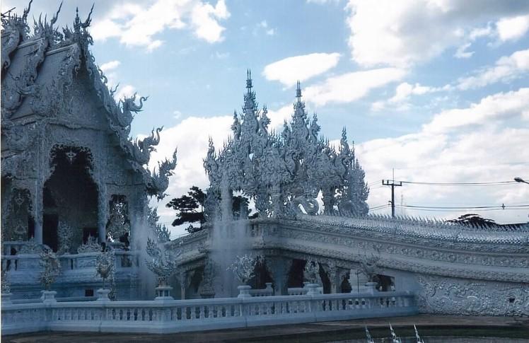 wat-rong-khun-thaietvous-com (5)