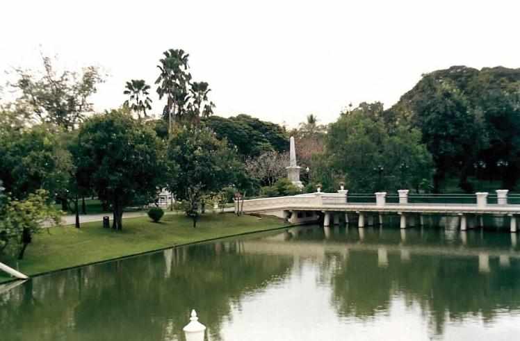 monument-de-la-reine-thaietvous-com